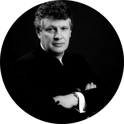 Conductor Alexander Walker
